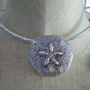 Jewelry - Sand dollar Choker